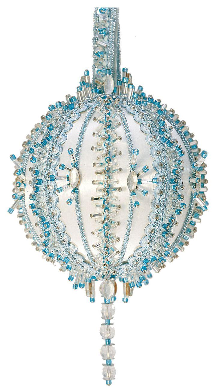Velvetmoong · Beaded Christmas Ornamentshandmade