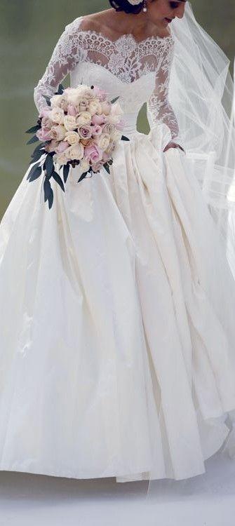 Everything I've always wanted! Called it ladies ;)HH Dream Wedding | Lauren