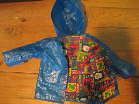 IKEA Hackers: Kid's raincoat from Ikea bag
