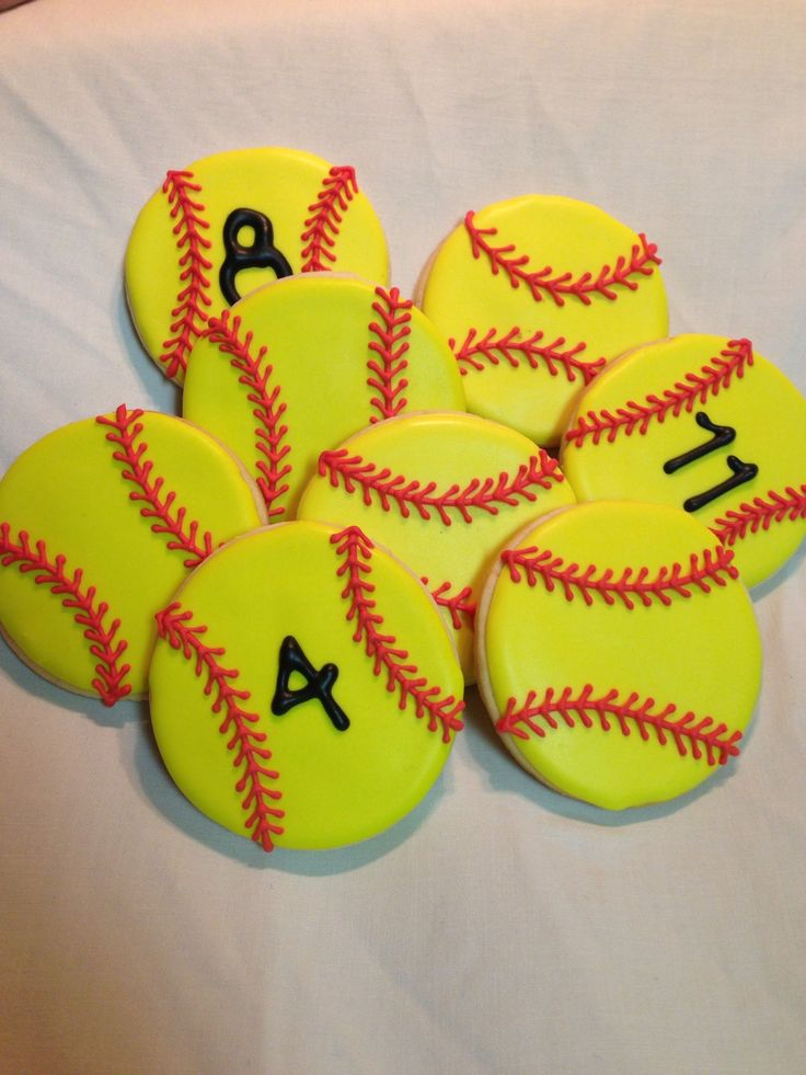 Softball cookies- I might have to do this for my girls...
