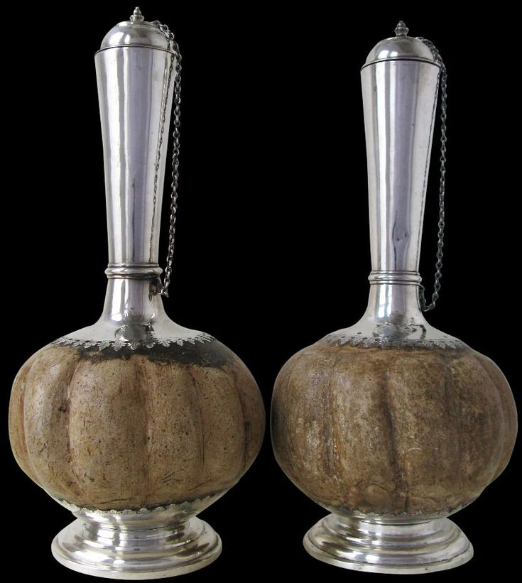 Colonial Indian or Batavian Cooling Flasks, 17th-18th century