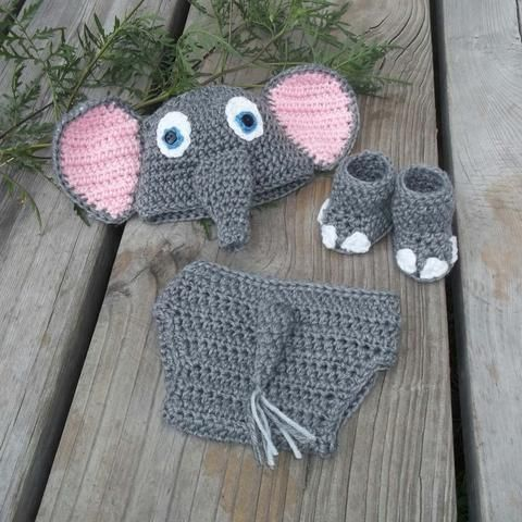Picture of Darling Elephant Photo Prop Set Crochet Pattern Download