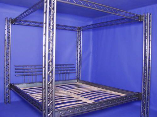 die besten 25 eisenbett ideen auf pinterest romantische bettw sche shabby french chic und. Black Bedroom Furniture Sets. Home Design Ideas