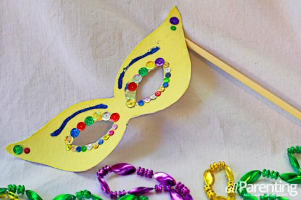 29 best images about mardi gras on pinterest for Mask craft for kids