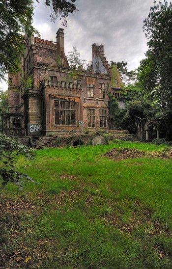 Lost | Forgotten | Abandoned | Displaced | Decayed | Neglected | Discarded | Disrepair | Chateau Charle-Albert...