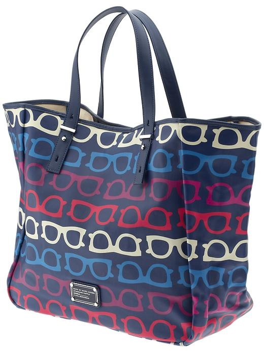 marc by marc jacobs what a spectacle beach tote - this would