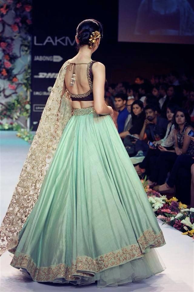Gorgeous combination of mint n black