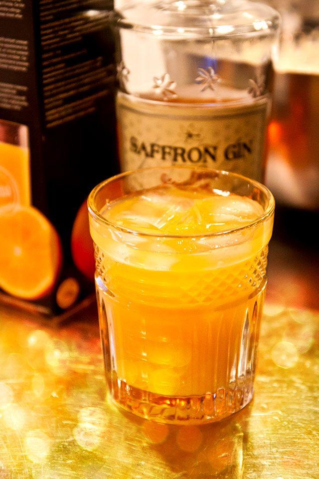 Apelsin- och saffransdrink