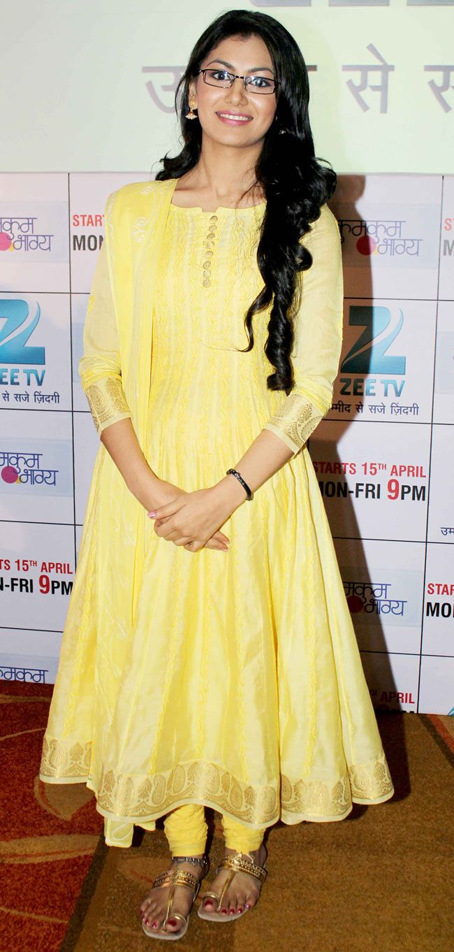 Sriti Jha at the launch of new TV show 'Kumkum Bhagya' #Style #Bollywood…