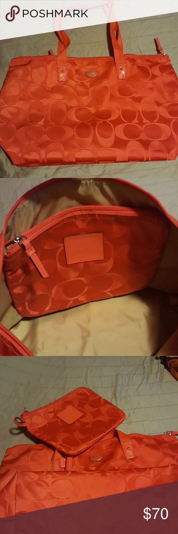 Coach shoulder bag and makeup bag in one Orangeish red lol can't really tell maybe burnt orange shoulder and small bag inside no stains or ware or tare I used it once Coach Bags Shoulder Bags