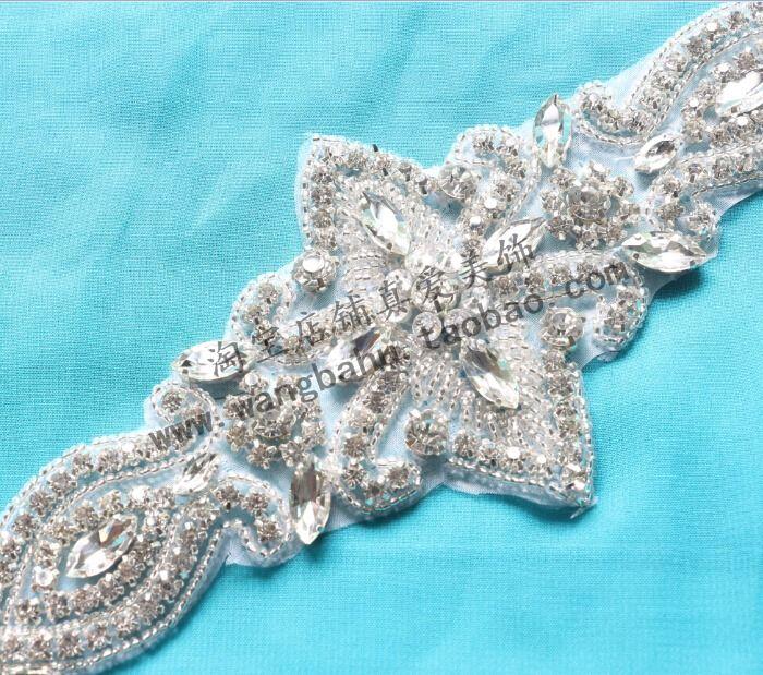 34 см в длину лошади Глазные капли хрусталя алмазов ювелирных алмазов платье…