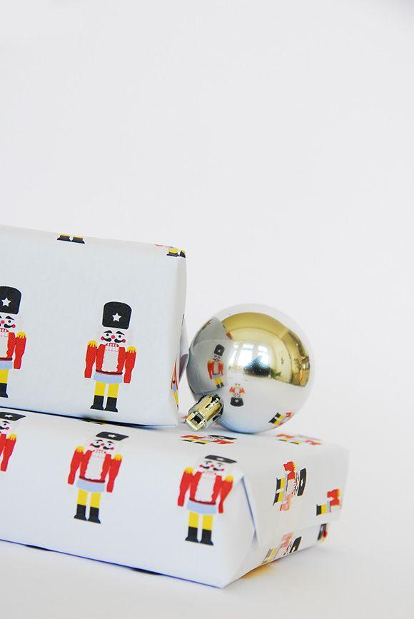 DIY Free Printable Nutcracker Gift Wrap