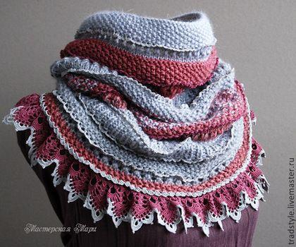 Вязаный снуд с кружевом ручной работы от Мастерской Мари — работа дня на Ярмарке Мастеров. Магазин мастера: tradstyle.livemaster.ru #handmade #craft #knitting #crochet #lace #boho #scarf #style #design