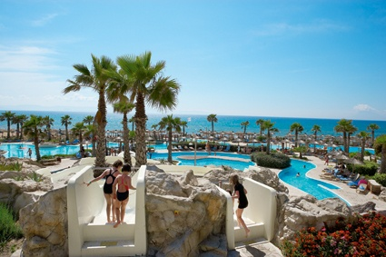 http://www.youtube.com/watch?v=cxzxY1Ko_Ic  The best All Inclusive Family Hotel in Peloponnese,Greece,Olympia Oasis!A holiday dreamland for quality family alliclusive holidays.10 km stretch of children friendly sandy beach,3.000 m² pools including:large fresh water pool, adventure pool with lazy river& slides, exotic seawater pool landscape,children pool,indoor pool, spacious,family friendly guest rooms bungalows are only some of the best highlights of this Family beach Hotel.