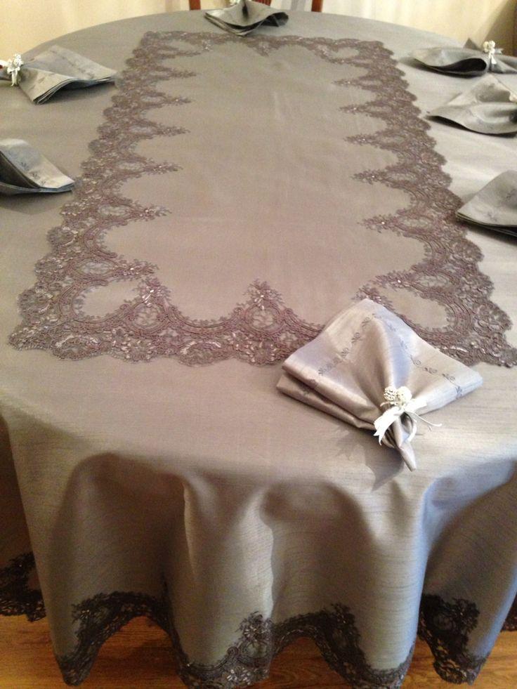 Gri sevenlere güpürlü servis masa örtüsü