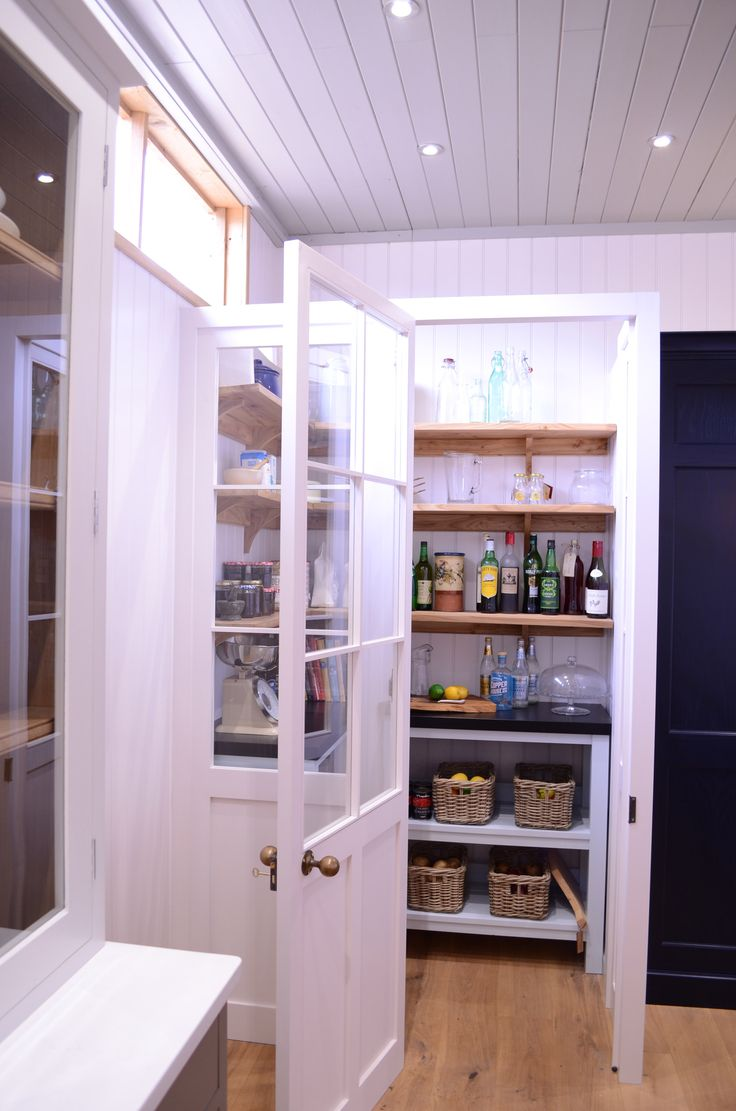Cabinet maker bespoke pine furniture oak furniture bespoke - Luxmoore Co Walk In Butler S Pantry See This At Our Suffolk Showroom