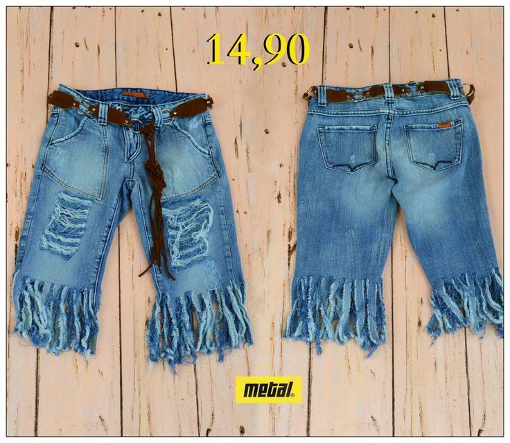 Denim fringes for tonight✅ Γυναικεία τζιν βερμούδα με σκισίματα και κρόσσια στο τελείωμα για ξεχωριστές εμφανίσεις🆒  #metal #metal_deluxe #fringes #shorts #fashion #jeans #rip #ripped_shorts #ripped_jeans #summer_shorts #denim #summer #summer_jeans #womensfashion #womensclothes #womensjeans #girl #fashionista #style #stylish #icon #newarrivals