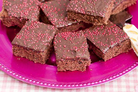 Gluteenittomat leivonnaiset ovat toisinaan haasteellisia.  Muna-sokerivaahtopohjaiset leivonnaiset ...