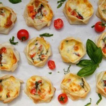 Canastitas Caprese (Open-faced Empanadas with Tomato, Basil and Mozzarella)
