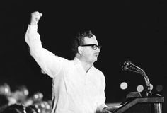 Búscame en el ciclo de la vida: 738. Salvador Allende, in memoriam.