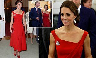 After a dress down day in the rain forest, Kate was the epitome of glamour at a reception for political and civic leaders from across British Columbia at Government House in Victoria.