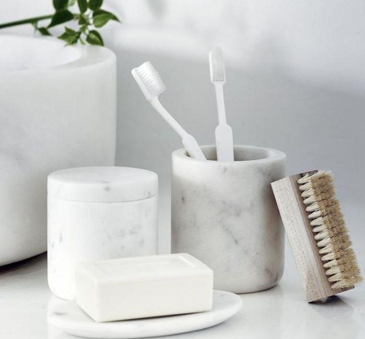 Minimalist Bathroom Toiletries: 1000+ Ideas About Scandinavian Bathroom On Pinterest