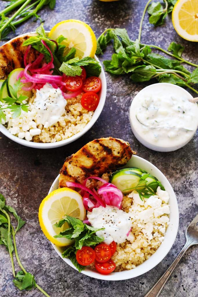 These Chicken Gyro Quinoa Bowls with Tzatziki turn your favorite traditional Greek sandwich into a quick, healthy dinner. | platingsandpairings.com