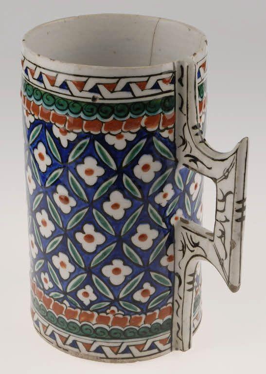 Chope fin 16e siècle Turquie, Iznik,Musée du Louvre