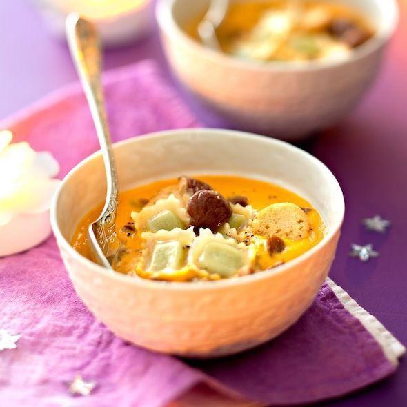 Découvrez la recette du velouté de potiron aux ravioles de Romans