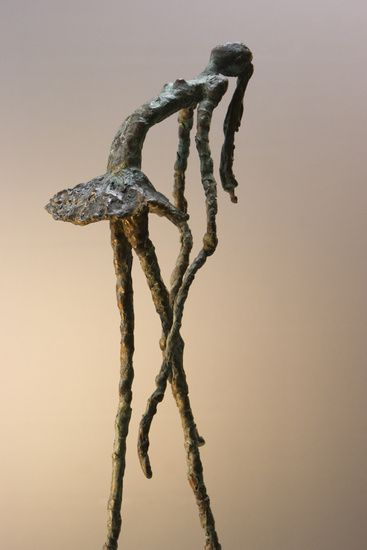 Loes Knoben Ballerina; mimic the look of bronze by creating a sculpture out of wire, covering it in plaster and then painting it with layers of metallic (and possibly green for patina) paint