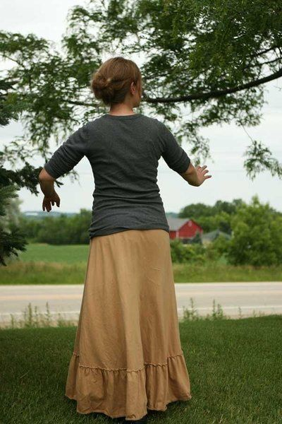 pretty modest skirt, love how it drapes