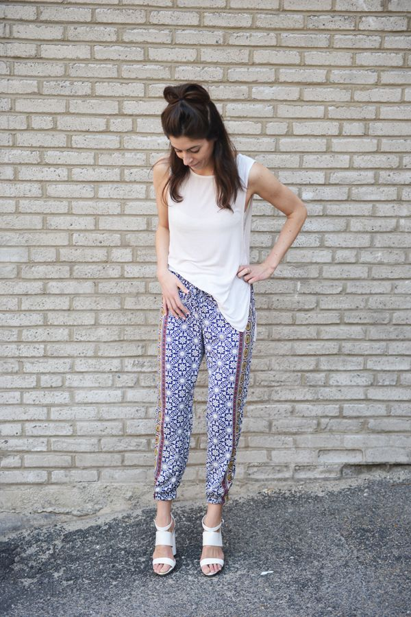 open tunic, printed pants & white chunky heels