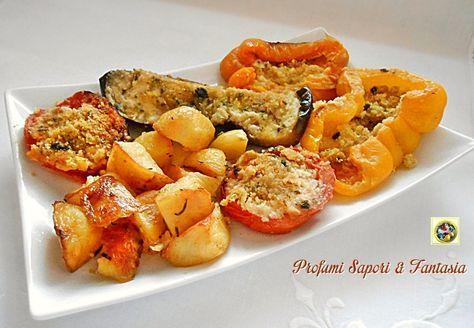 Gran misto di verdure al forno un'esplosione di colori e sapori formidabili. Un'ottimo contorno composto da verdure gratinate per accompagnare ogni pietanza