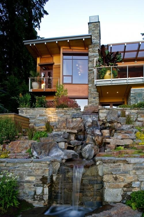 My ideal modern house...blends in with nature.