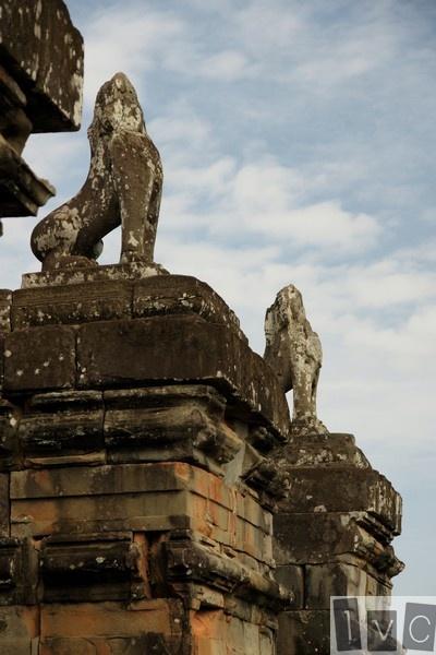 Figuras de leones en Pre Rup