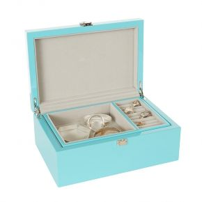 Jewellery Box with Tray - Tiffany Blue Every girl needs a beautiful, quality jewellery box to house her special treasures and we've found just the thing. The Jewellery Box with Tray in Tiffany Blue fuses function, and style with quality and grandeur. #howardsstorage #christmaswishlist