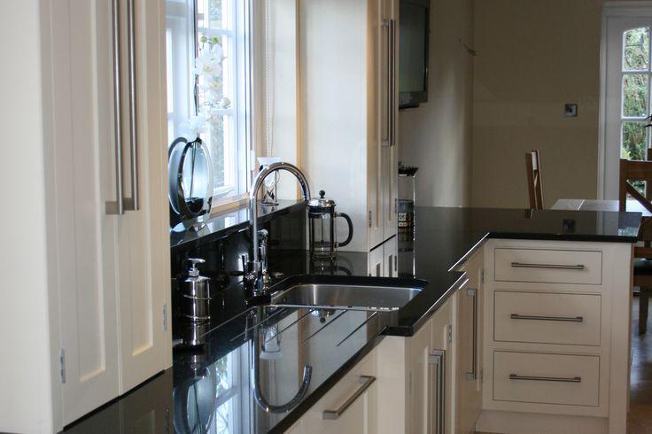 Vergleichen Sie diese #Granit Preise mit anderen und überzeugen Sie sich selbst.  http://www.granit-arbeitsplatten.com/preise-granitplatten-arbeitsplatten-preise
