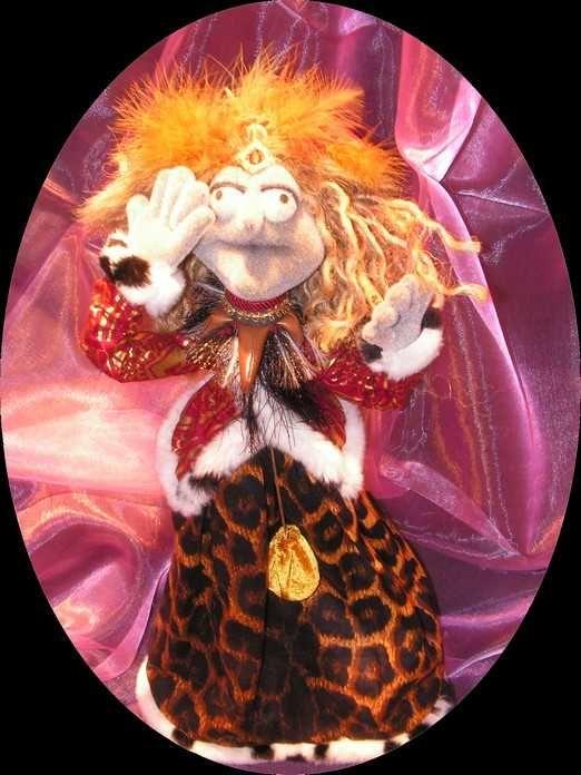 marionnette sorcière 150,00 CA$