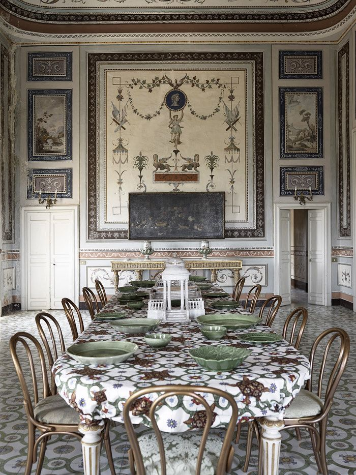 loveisspeed.......: Villa Valguarnera in Sicily Or how an Italian family has reinvested the family home of the eighteenth century, Villa Valguarnera, turning its state rooms and sumptuous gardens in true place of life, wide open to the world.