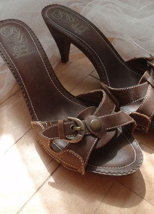 Kupuj mé předměty na #vinted http://www.vinted.cz/damske-boty/nazouvaci-boty/12415717-kozene-letni-boty-pepe-jeans
