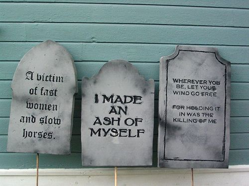 DIY Halloween Tombstones made from Styrofoam