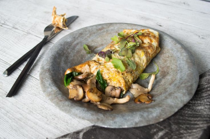 Well Nourished ⎮ My Garlic Mushroom Omelette wrap is a delicious, nutrient dense 'anytime meal' that my whole family adores. It is a healing, immune boosting combination of goodness.