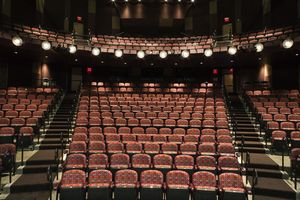 Seat Filler The job is to sit in the first 10-15 rows of the theater when the camera pans the audience during a telecast so that there are no empty seats.  Celebrities have to go to the restroom, get snacks, take breaks. And that's when the seat fillers get to work.Most jobs are strictly volunteer!