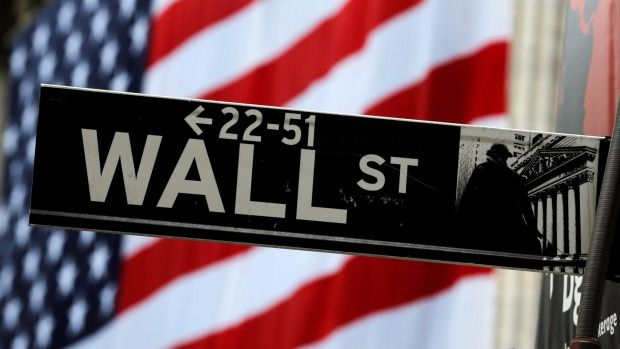 NASDAQ 100 5572310.57%2.35%3.03%27.66% BUZ INVESTORS Nasdaq closes at a record high   U.S. stocks closed higher Thursday ahead of major tech company earnings. The Dow Jones industrial average and the S&P 500 struggled to hold opening gains, while the tech-heavy Nasdaq composite closed at a record high. Comcast, PayPal and Amazon.com were among the greatest …