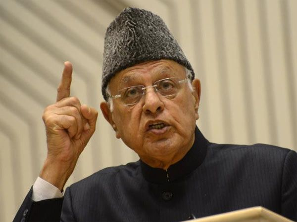 'Jinnah did not want separate country for Muslims' says Farooq Abdullah - Oneindia #757LiveIN