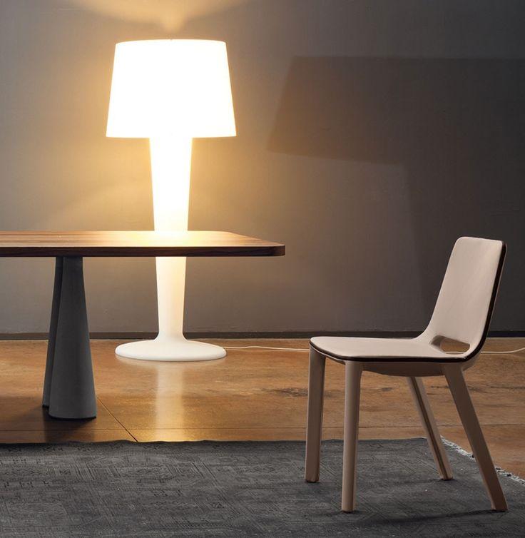 XXLight lampada da terra by Bonaldo, design by D'Urbino e Lomazzi