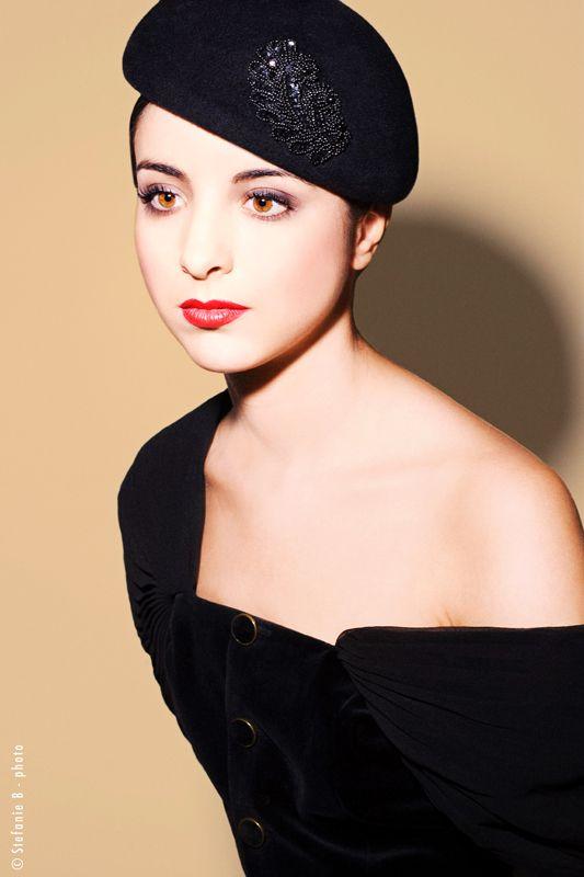 Black hat embroided... Mademoiselle Slassi (Paris).