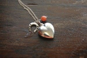 Horse shoe, puffed heart and coral necklace