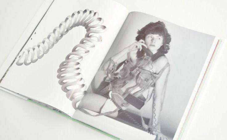 デヴィッドシムズがイギリスのブランドアリーズとコラボして写真集を発売