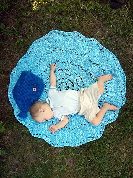 Free Crochet Whale Baby Blanket Pattern : 32 best images about Blanket Prop Ideas on Pinterest ...